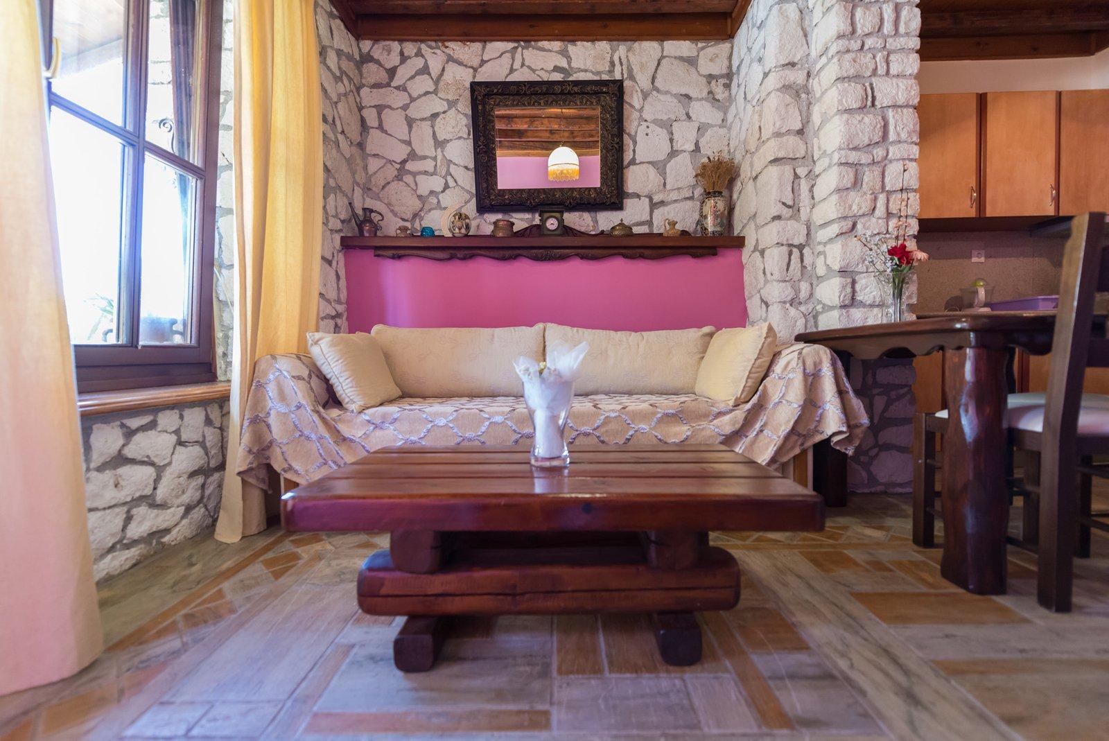Laertis living room